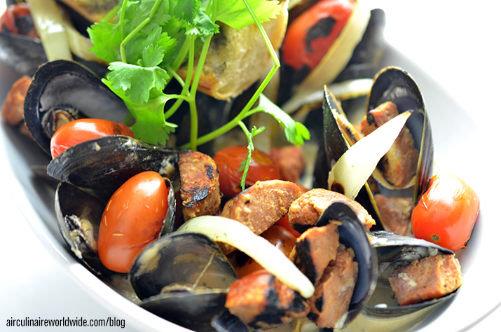 white wine broth mussels roasted linguica recipe
