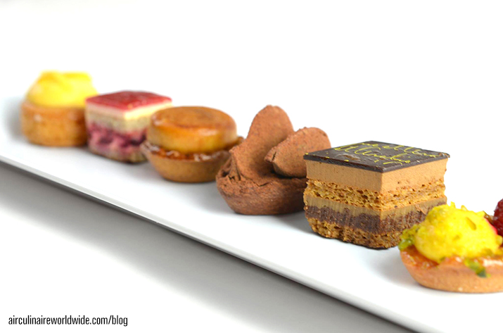 Inflight Catering Small Bites Desserts